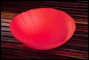 Takao Inoue - Floating Bowl Red (2011)